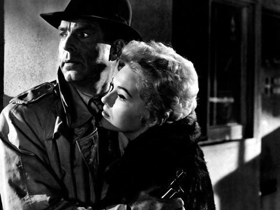 Fred MacMurray and Kim Novak in PUSHOVER