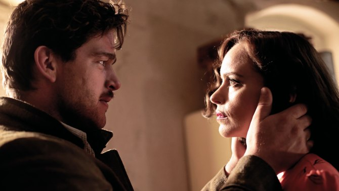 Ronald Zehfeld and nina Hoss in PHOENIX
