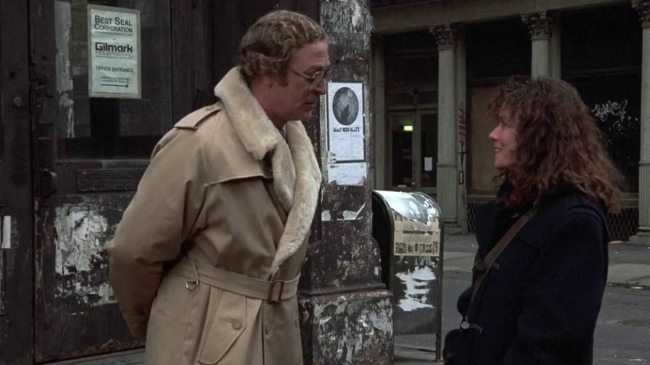 Michael Caine and Barbara Hershey in HANNAH AND HER SISTERS