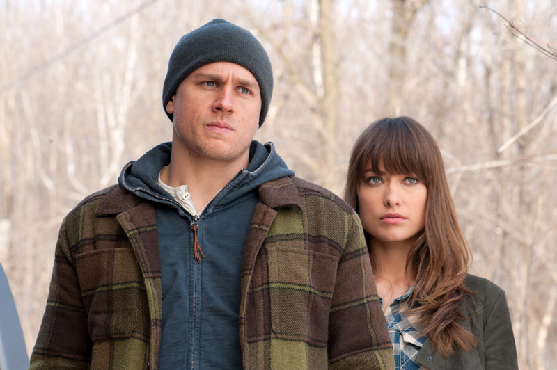 Charlie Hunnam and Olivia Wilde in DEADFALL