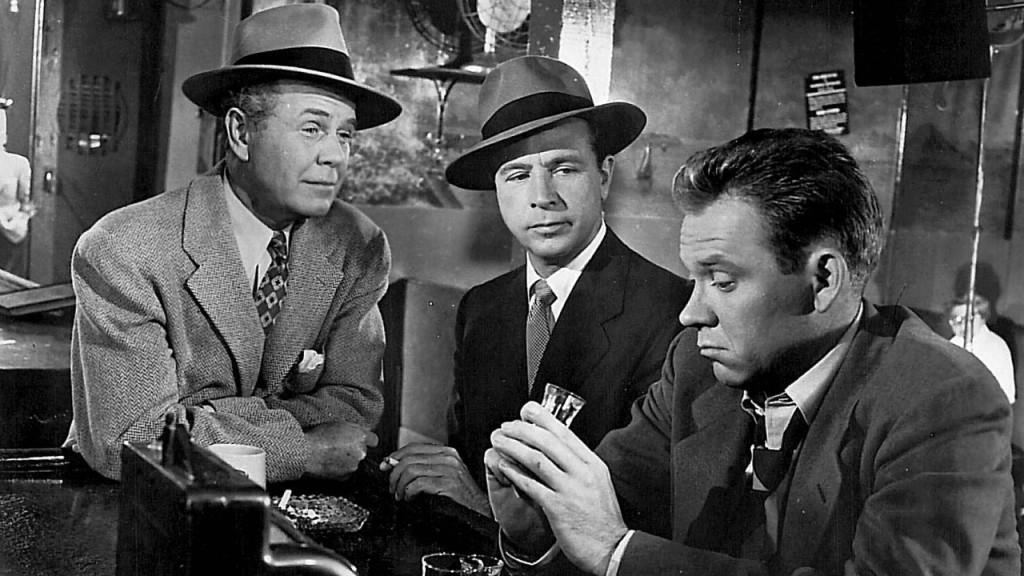 Regis Toomey, Dick Powell and Richard Erdman in CRY DANGER