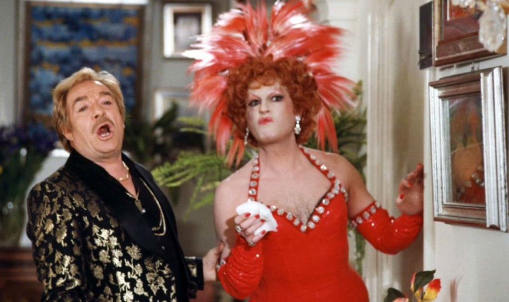 Ugo Tognazzi and Michel Serrault in LA CAGE AUX FOLLES
