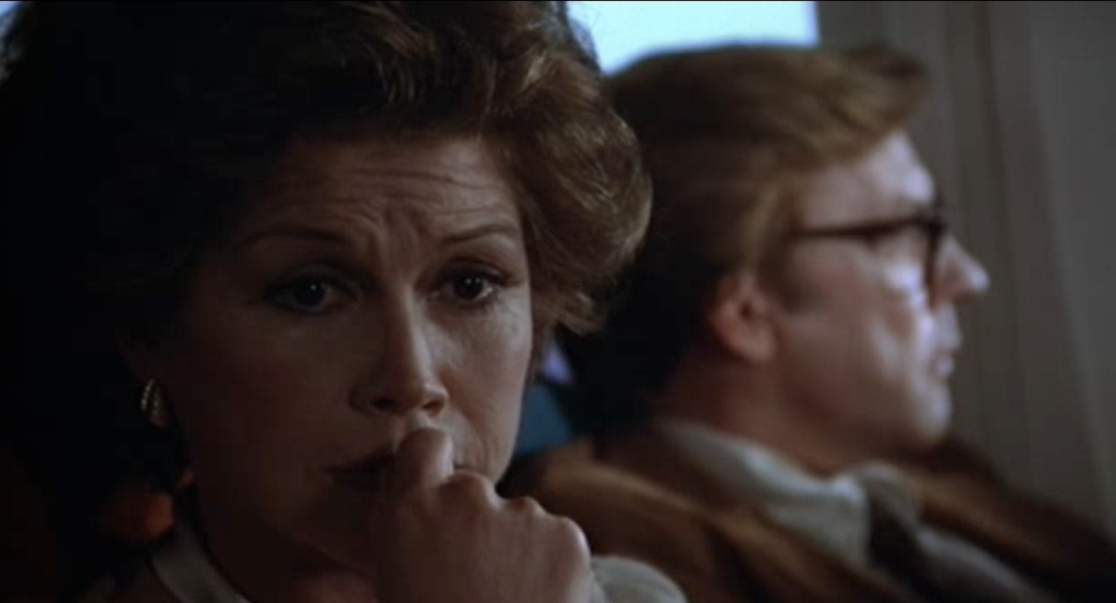 Mary Tyler Moore with Donald Sutherland in ORDINARY PEOPLE