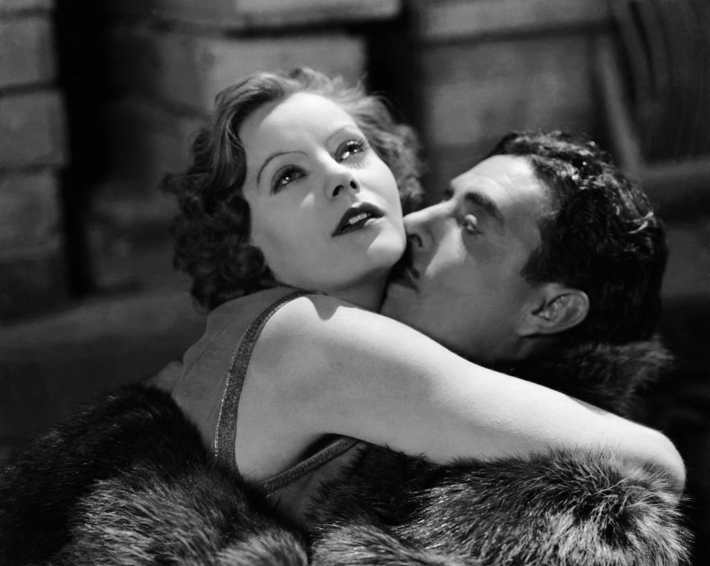 Greta garbo and John Gilbert in FLESH AND THE DEVIL